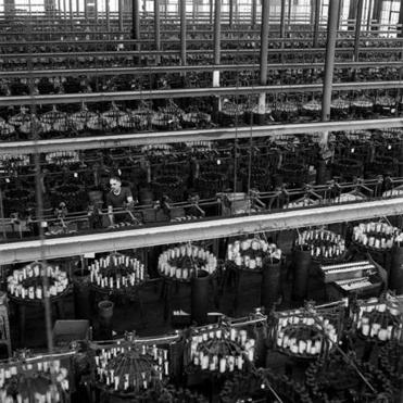 "30weinformer - Photographer Steve Dunwell will speak about New EnglandÕs rich history in textile mill industry and his exhibition, ""With These Hands,"" at the Charles River Museum of Industry and Innovation in Waltham, open through Jan. 24. (Steve Dunwell)"
