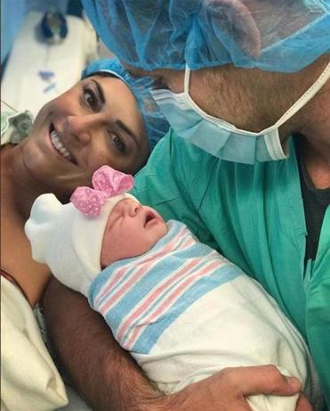 12namesDell Caption/Credit Info: Jenny Dell and Will Middlebrooks with their newborn daughter, Madison Dell Middlebrooks on October 10, 2018. We have recieved permission (10/11/18) from Dell to use the image across all platforms.