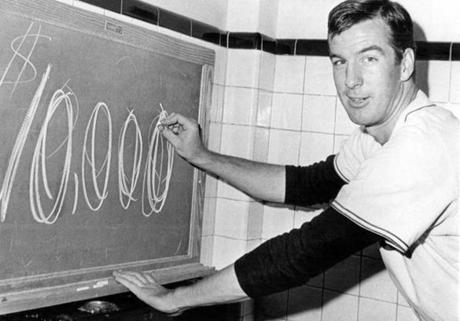 As an incentive to his teammates, pitcher Jim Lonborg wrote $10,000 on the locker room chalkboard before the Sept. 30 game. That is the amount each player would get for winning the American League pennant.