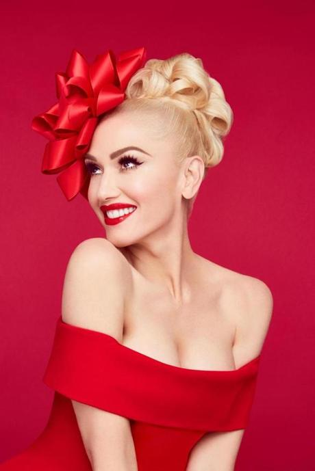 GWEN STEFANI: YOU MAKE IT FEEL LIKE CHRISTMAS -- Pictured: Gwen Stefani -- (Photo by: Jamie Nelson/NBC) 19HolidayTVPicks