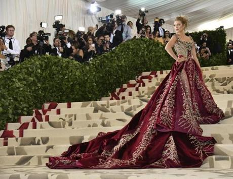 Blake Lively attends The Metropolitan Museum of Art's Costume Institute benefit gala celebrating the opening of the Heavenly Bodies: Fashion and the Catholic Imagination exhibition on Monday, May 7, 2018, in New York. (Photo by Charles Sykes/Invision/AP)