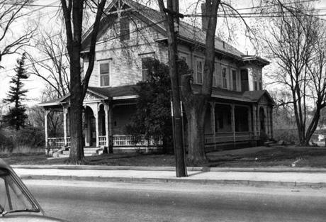 Wilmington, MA - 1955: The Hiller house on Main Street in Wilmington, MA is pictured circa 1955. (Boston Globe Archive) --- BGPA Reference: 190328_BS_002