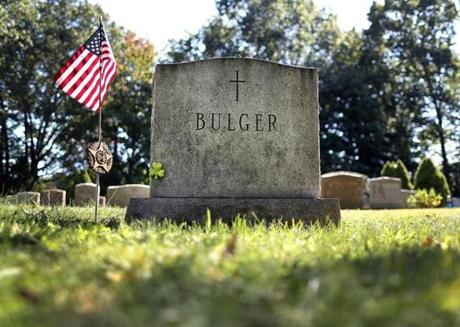 Boston- 09/26/19-FOR PUBLICATION ONLY WITH SHELLEY MURPHY STORY The grass has covered over the gravesite of mobster Whitey Bulger at St. Joseph Cemetery where he was buried nearly a year ago after he died in prison on October 30, 2018. Photo by John Tlumacki/Globe Staff(metro)