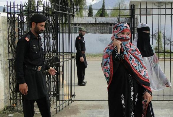 Pakistan must lift up women in order to counter security threats