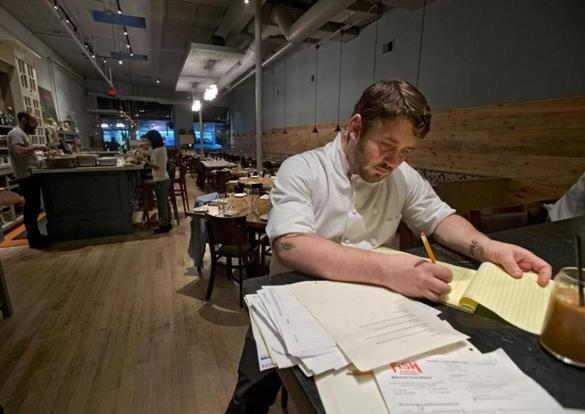 Restaurant jobs are going unfilled despite high unemployment rate - The Boston Globe