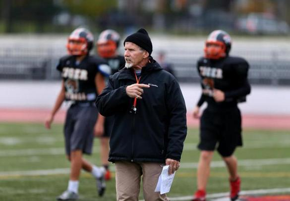 Newton North High football coach Peter Capodilupo, in one of his final practice sessions, preps his players for their holiday matchup Thursday against Brookline.