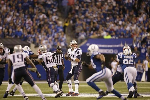 Victory over Colts gives Patriots huge advantage in playoff race - Sports - The Boston Globe