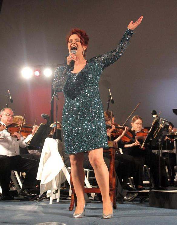 Sheena Easton performs with Cape Cod Symphony - The Boston ...