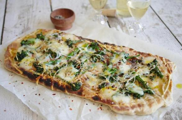 Recipe for grilled white pizza with broccoli rabe - The Boston Globe