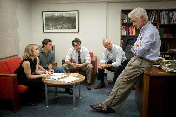 "Rachel McAdams, Mark Ruffalo, Brian d'Arcy James, Michael Keaton, and John Slattery in ""Spotlight."""