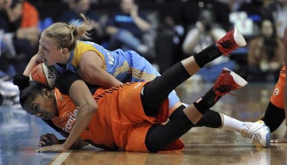 Sun fall as WNBA campaign tips off - The Boston Globe