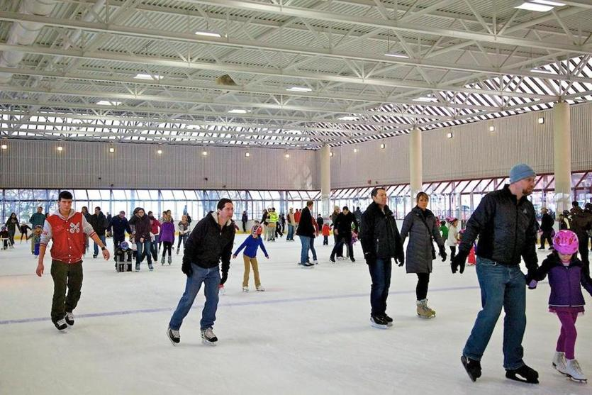 The Steriti Memorial Rink filled with skating enthusiasts.