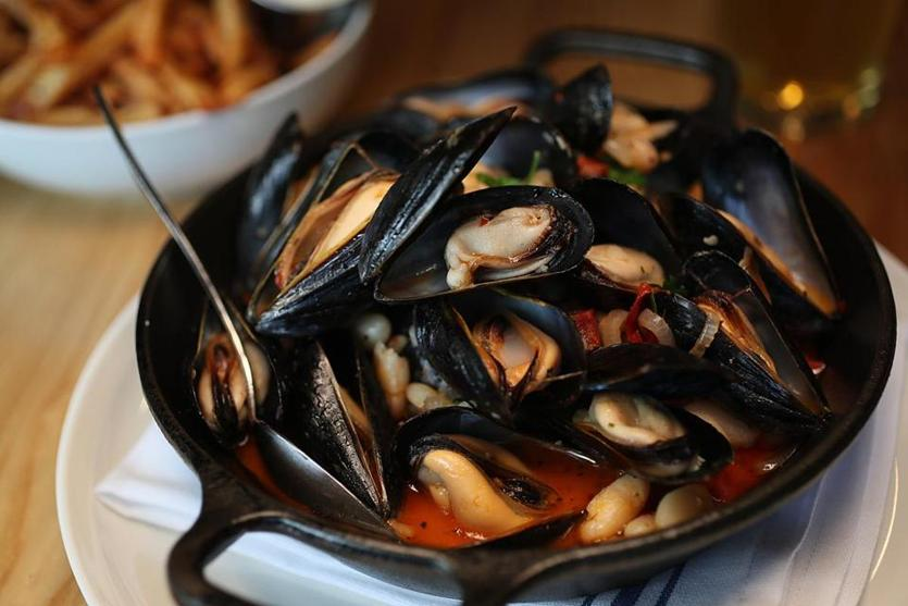 Moules frites at Buttonwood Restaurant