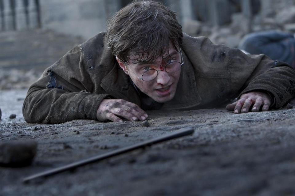Harry potter returns in new short story by j k rowling for Harry potter and the deathly hallows wand