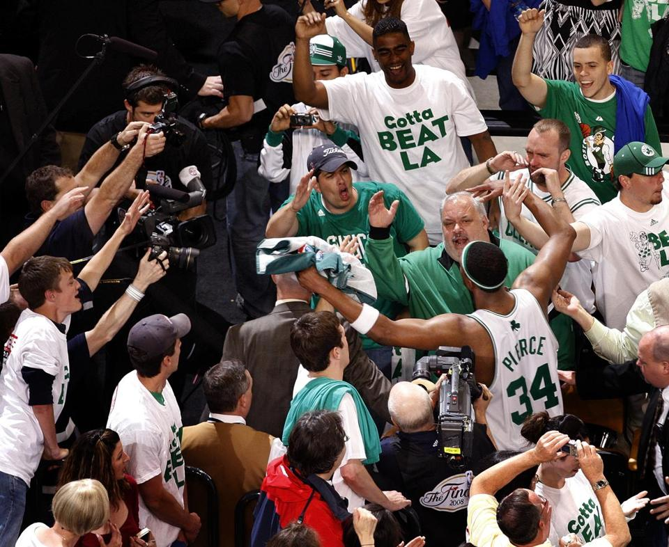 Paul Pierce  left the court to a round of cheers after the Celtics defeated the Lakers in Game 1.