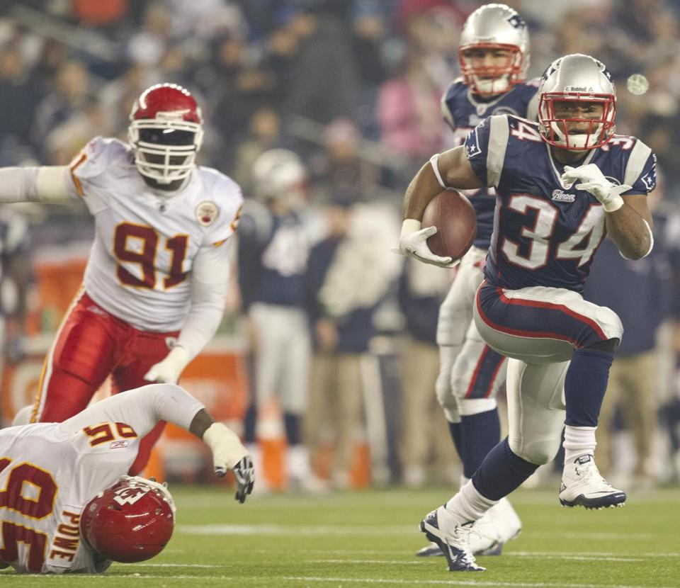 Rookie Shane Vereen picked up his first career carries, running for 39 yards on eight carries in the fourth quarter and scoring his first NFL touchdown.