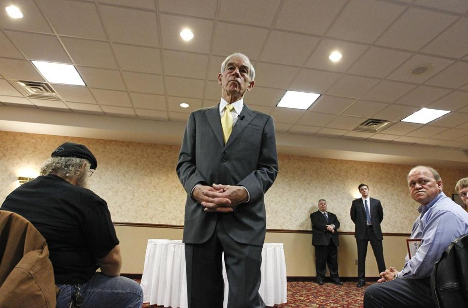 Ron Paul stumped in Fort Madison, Iowa. He is building a clear lead in the state.
