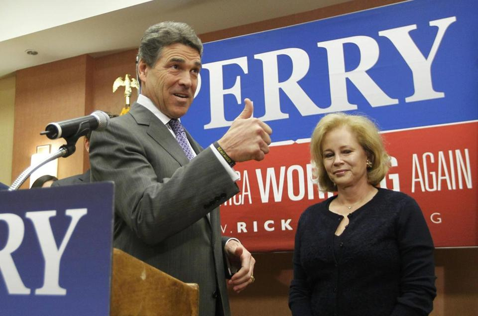 Texas Governor Rick Perry announced today that he is dropping out of the presidential race.
