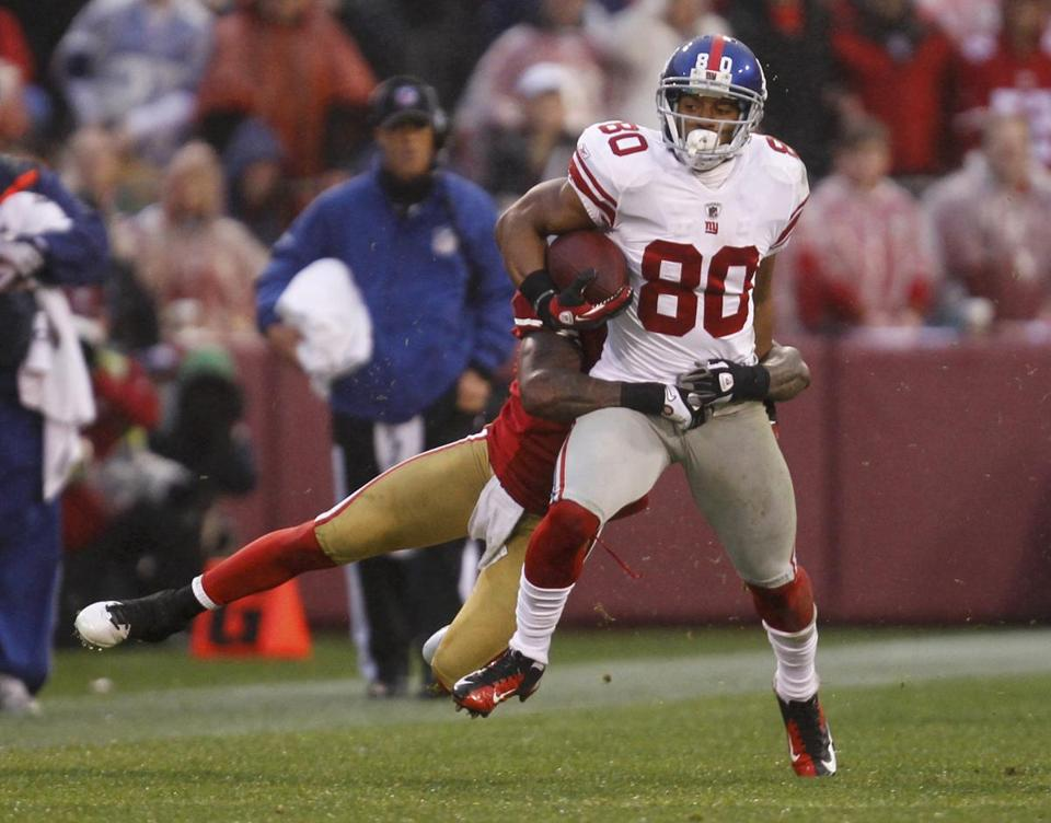 Victor Cruz caught 82 passes fof 1,536 yards and nine touchdowns this season for the Giants.