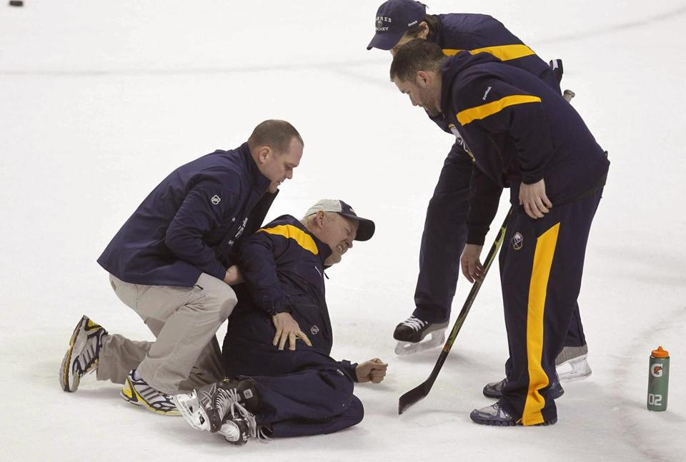 Sabres coach Lindy Ruff was hurt at practice, and suffered three broken ribs, on Monday.