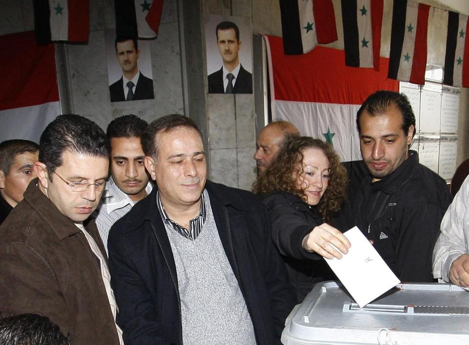 A Syrian woman cast her ballot at a polling station in Damascus, Syria, today.