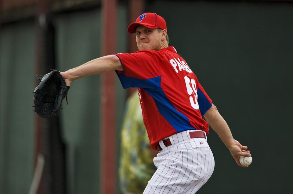 Jonathan Papelbon gives a new look to the Phillies bullpen.