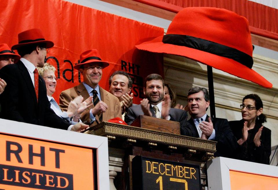 Red Hat Chairman and CEO Matthew J. Szulik rang the New York Stock Exchange opening bell in 2006.