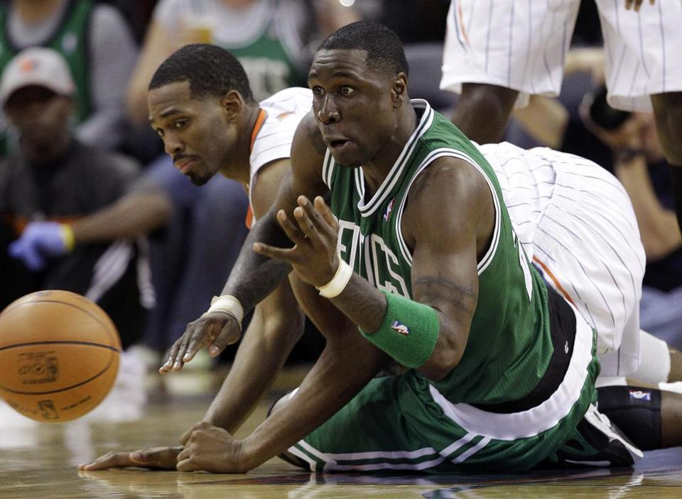 Mickael Pietrus, right, and the Bobcats' Derrick Brown got after a loose ball in the second half.