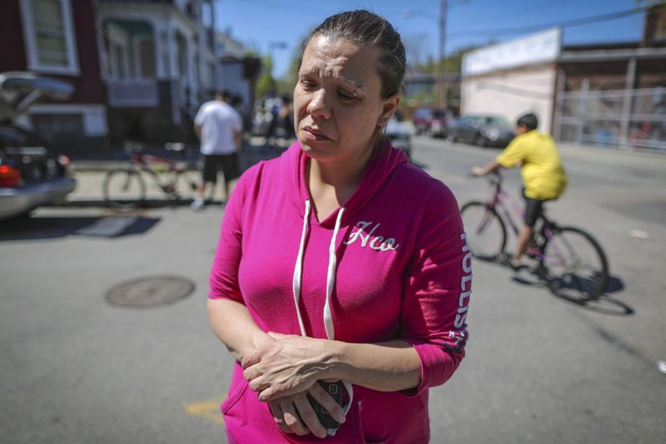 Dawnmarie Hines spoke to a reporter outside her home in Dorchester yesterday after her daughter, Samantha Pinson, was killed in a single-car accident in Dorchester, along with two friends.