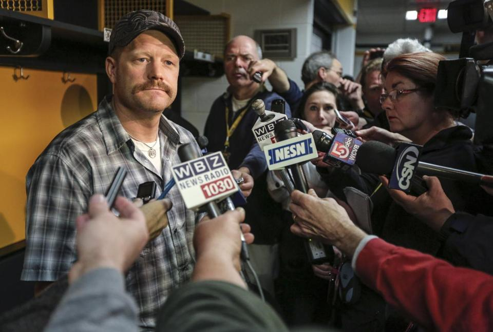 Tim Thomas spoke to the media in the Bruins' locker room as the team packed up after the season.