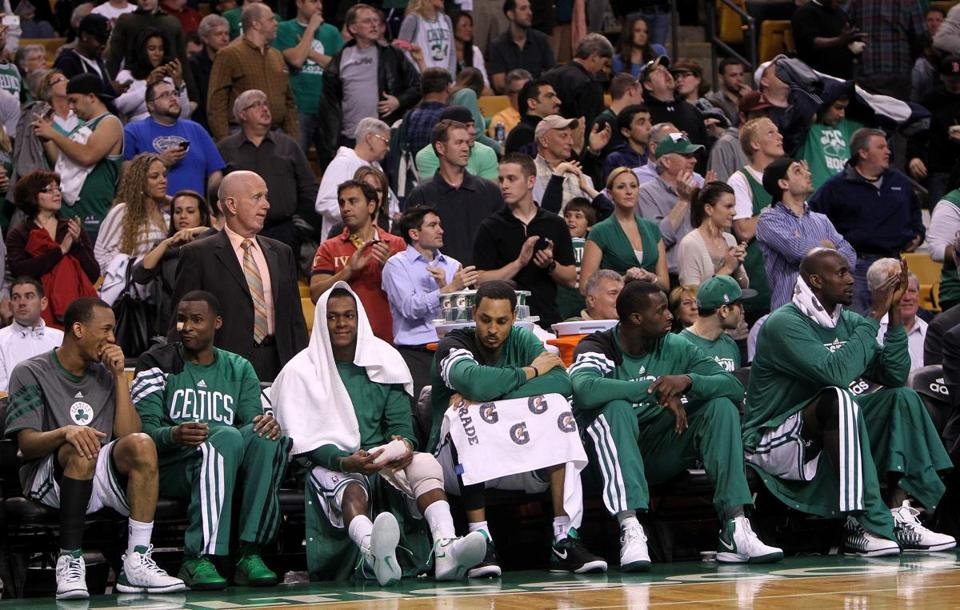 A capacity crowd of 18,624 turned out for the Celtics' final regular-season game on Thursday.