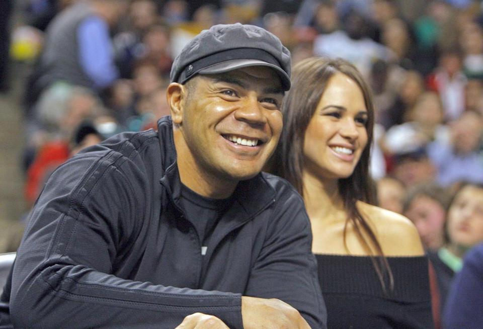 Junior Seau sat in the crowd at a 2007 Celtics home game.