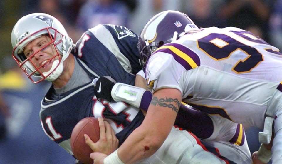 Chris Hovan sacked Drew Bledsoe when the Patriots eschewed a field goal try on fourth and goal in the fourth quarter.
