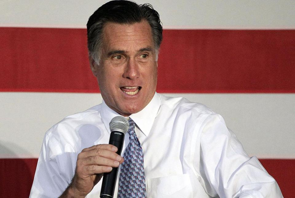 Aides to Mitt Romney say he would like to use gay marriage to draw a bright line between himself and President Obama.