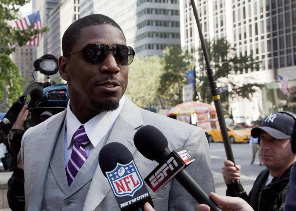 Saints linebacker Jonathan Vilma was among the players to appear for appeals at NFL offices on Monday.
