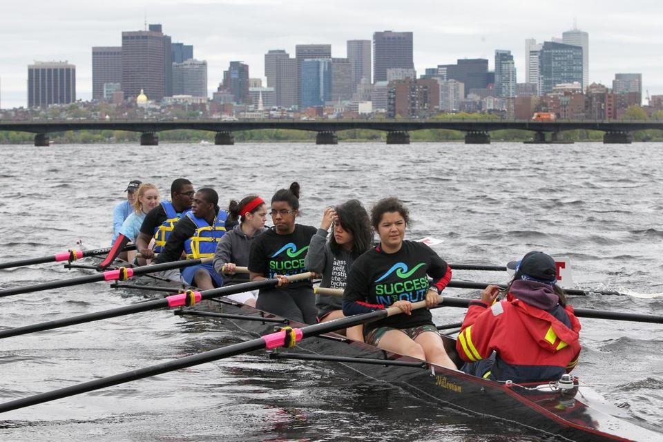 Inner-city students in the Amphibious Achievers program — rowing on the Charles River — are no longer treading water thanks to their mentors from MIT.