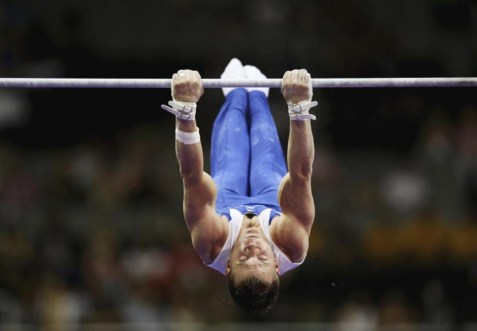 Jonathan Horton fell off the high bar on Day 1 of the trials.