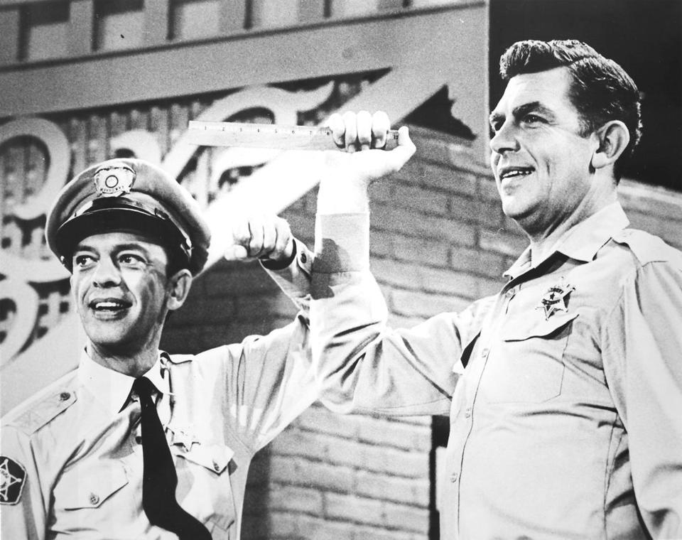 Mr. Griffith on the set with his deputy, acted by Don Knotts.