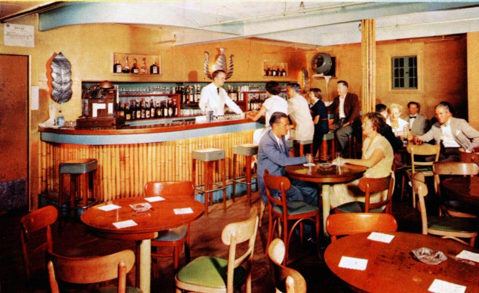 The Bamboo Lounge at the Cliff Hotel in Scituate in the early 1960s.