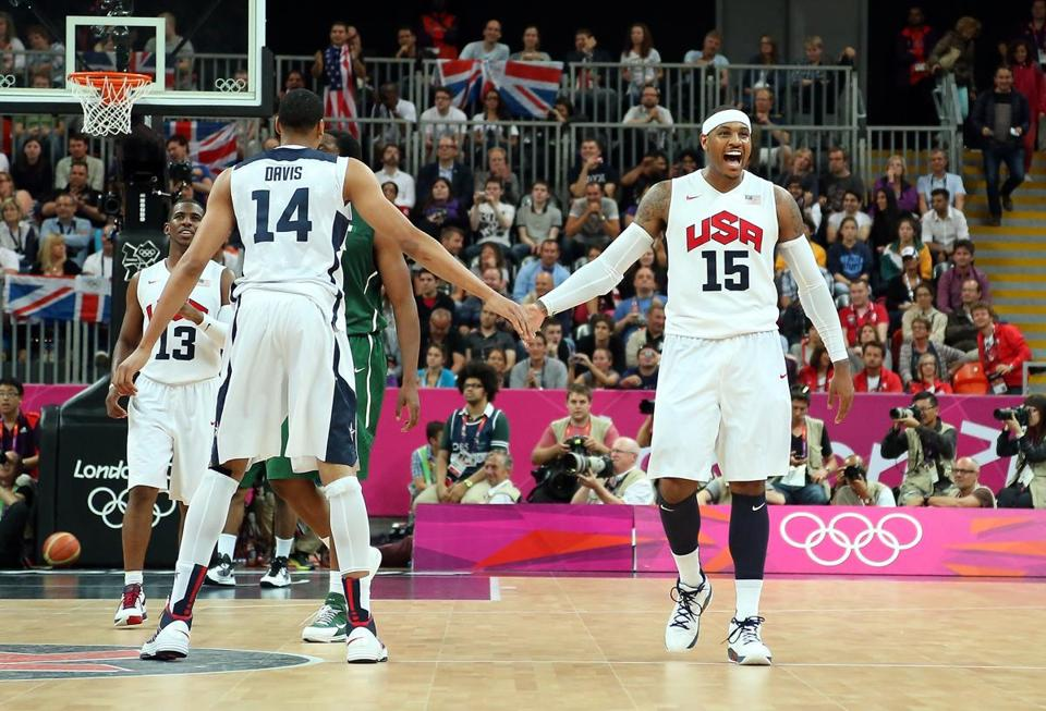 Anthony Davis, left, and Carmelo Anthony celebrated during the second half.