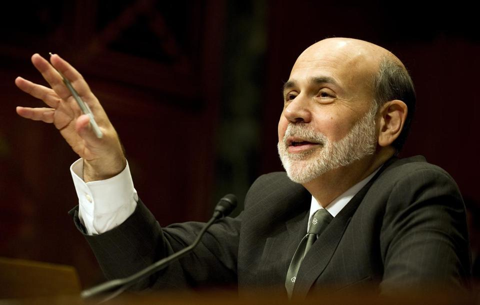 Economists say Ben Bernanke and the Fed might not be able to do much to lift the economy and urge lawmakers like US Representative Paul Ryan to take action.