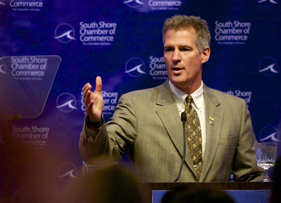 Scott Brown was among the first Republicans to call on Todd Akin to quit.