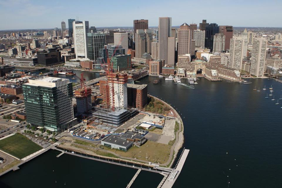 Developer Joseph F. Fallon said his proposed Fan Pier condos would offer buyers views of Boston Harbor and downtown. Construction is expected to be underway by mid-2013.