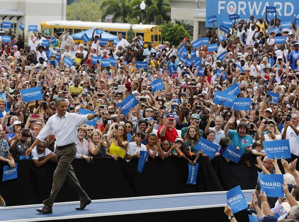 President Obama waved to supporters at a rally Saturday on the campus of St. Petersburg College in Florida.