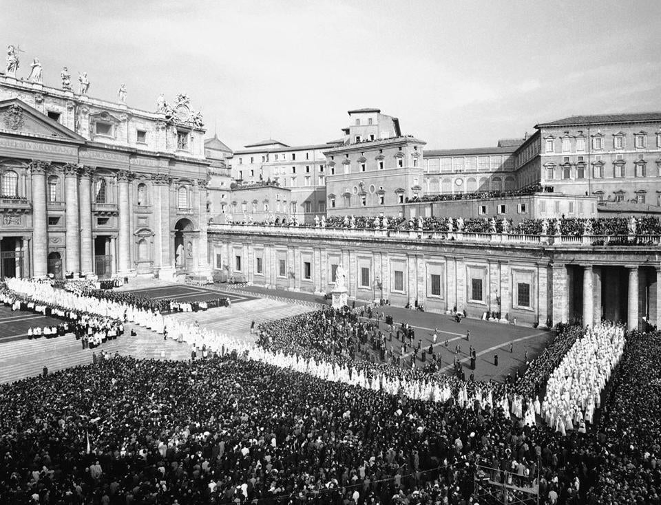 The hour-long procession opening the Second Vatican Council moves into St. Peter's Basilica in Vatican City, Oct. 11, 1962. In all, about 10,000 walked in the procession.