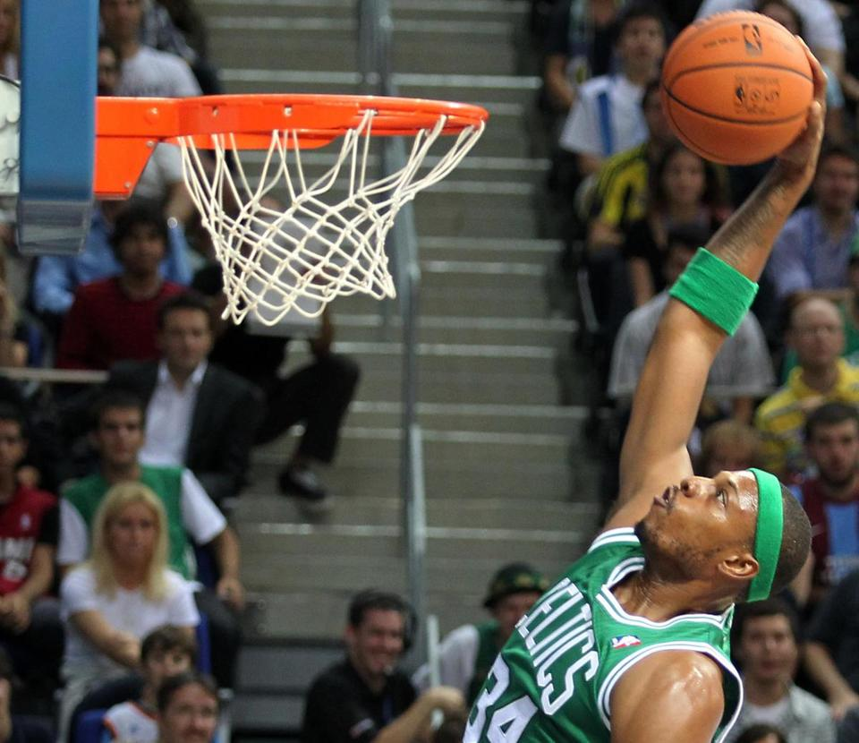 Paul Pierce (8 points in 26 minutes) and the Celtics got up early on Fenerbahce Ulker.