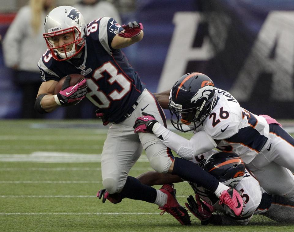 In the three games since the season opener, against Baltimore, Buffalo, and Denver, Wes Welker has 30 catches and gone over 100 yards in each.