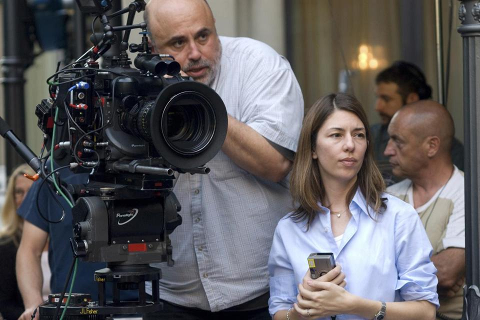 Harris Savides is shown on the set with Sofia Coppola. The last film he shot was Coppola's ''The Bling Ring.''