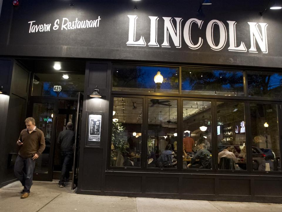 Lincoln Tavern and Restaurant has seen a steady stream of customers since opening in South Boston this month.