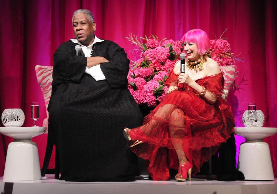 Zandra Rhodes (right) with André Leon Talley at MassArt.